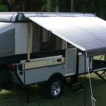 How to Correctly Open and Close a Roll-Out Awning